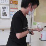 コロナウィルス感染防止対策(手指消毒足踏み式スタンド)